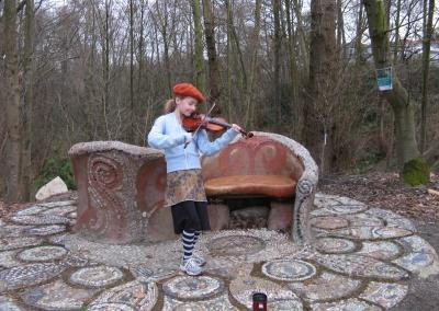 Clara and yin yang bench